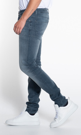 Jeans pasvormen tapered fit heren cast iron cope jeans