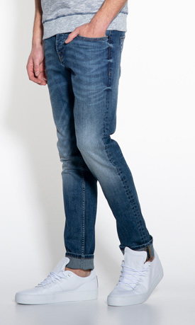 Victim Pablo slim fit jeans met wassingen