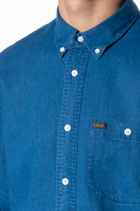 Denim overhemd met button down kraag